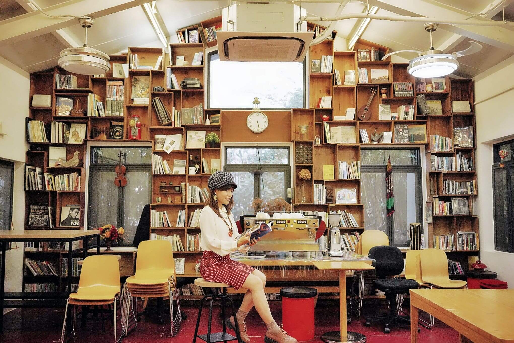 充滿懷舊氣氛的圖書館,令人著迷。