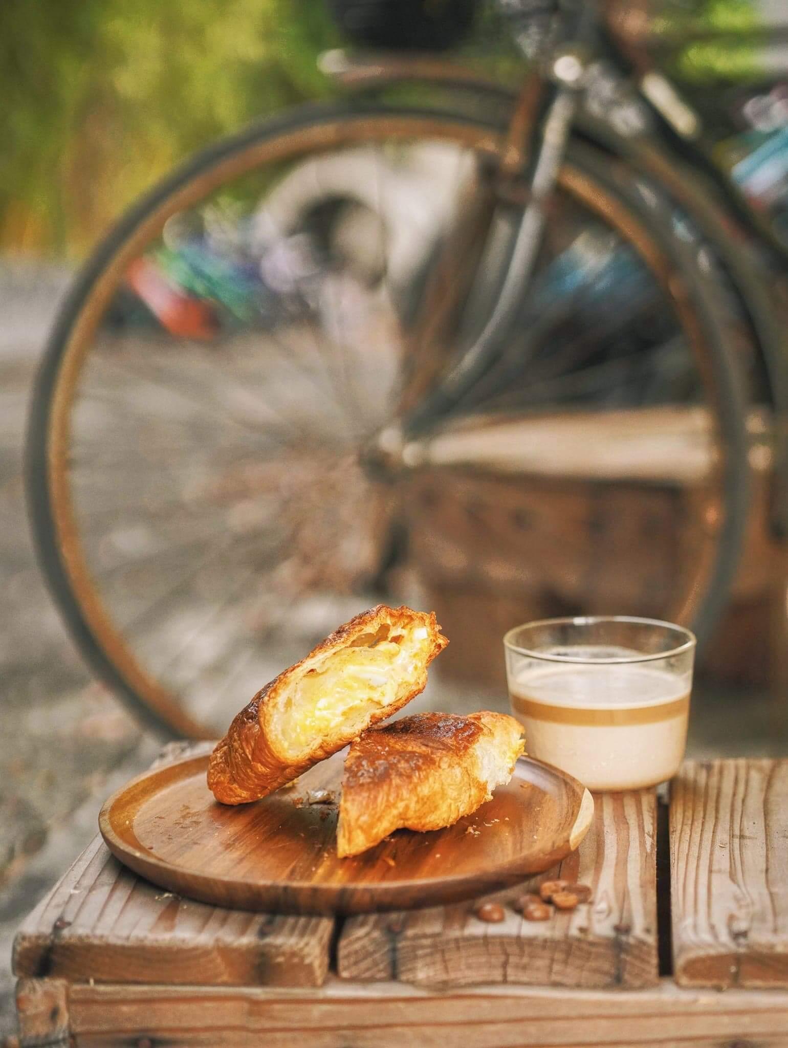 在古色古香的小屋中品嘗咖啡及茶點,相當慢活。