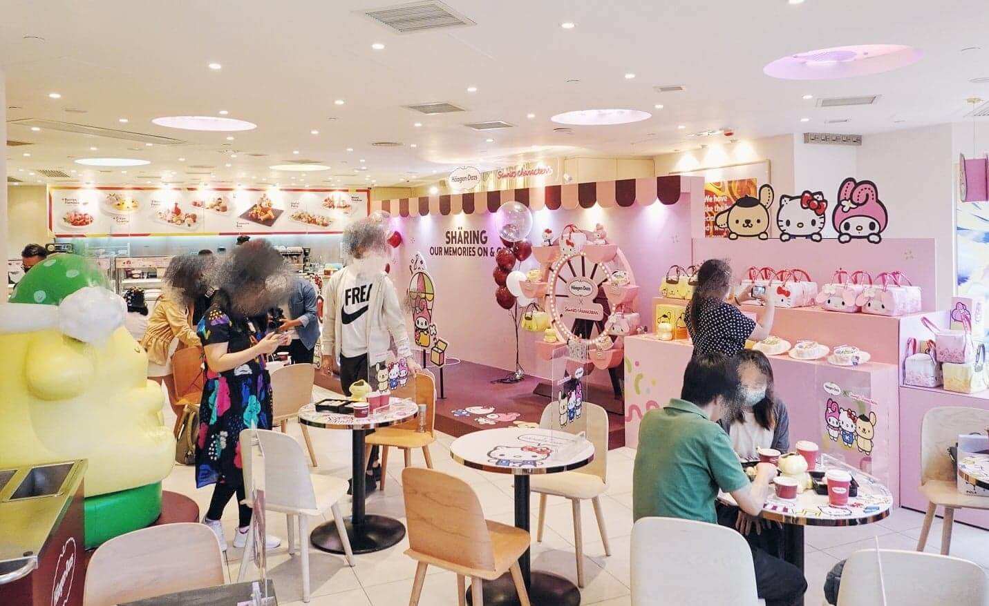 店子以粉紅色為主調裝修,洋溢甜蜜氣息。