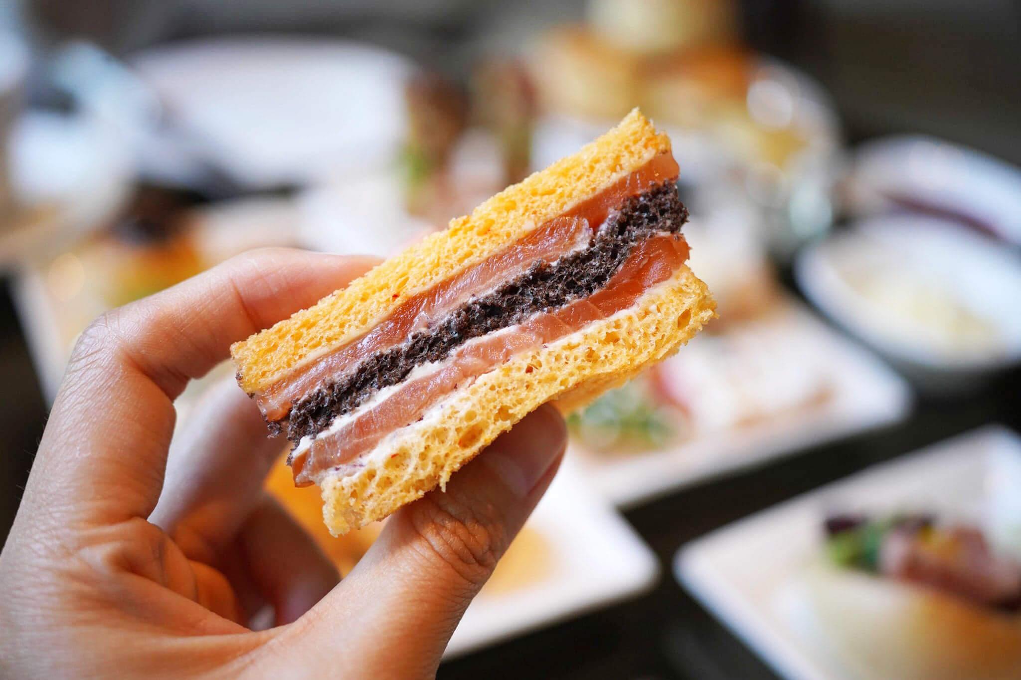 火雞三文治幾得意,有紅桑莓忌廉醬,鹹鹹甜甜,幾開胃。