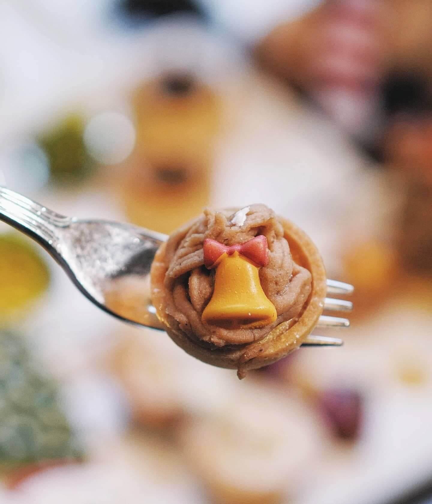 法式栗子蛋糕都幾討好,用時令栗子製成,栗香濃郁,上面仲有小鈴鐺裝飾,勁有聖誕氣氛!