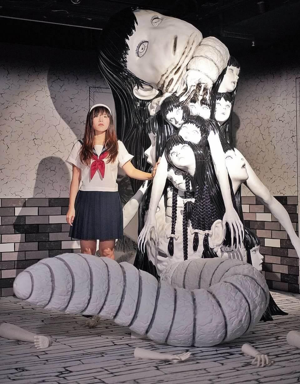 展館中最大亮點,可睇到2.4米嘅《鬼屋》版富江怪物。
