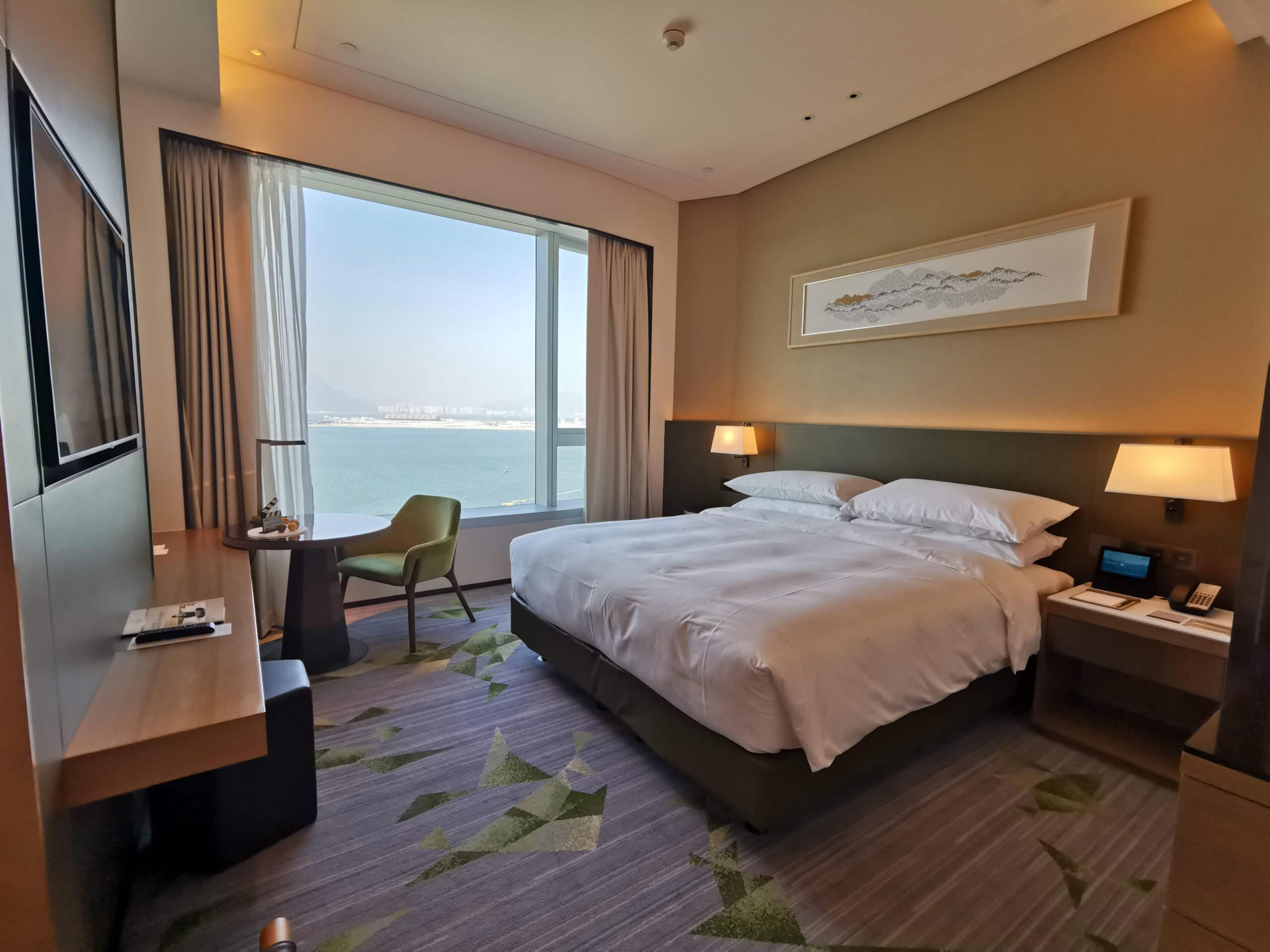海景套房連廳,窗外可見到大片海景,好舒適!