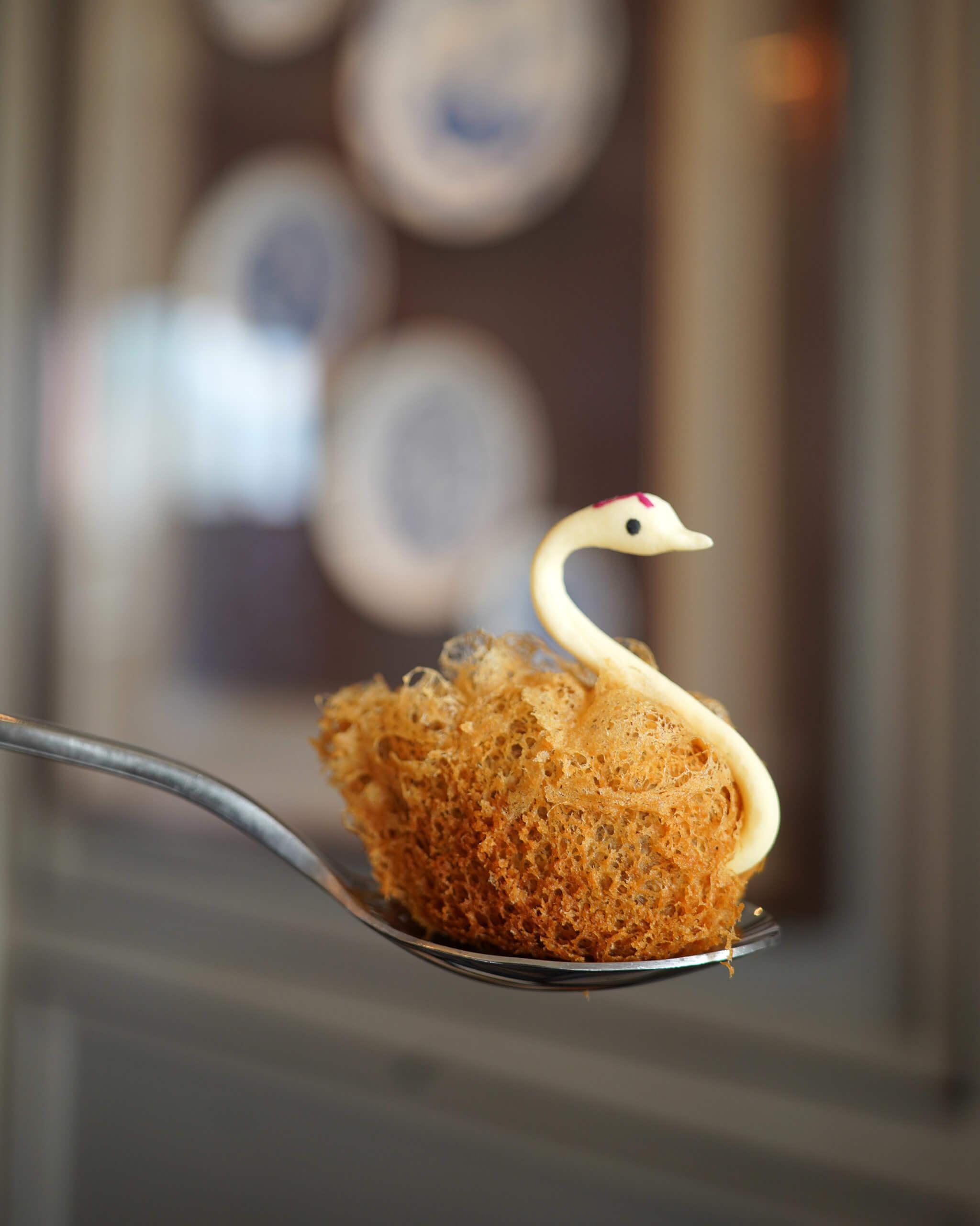 將芋泥酥製成天鵝形,好精美!