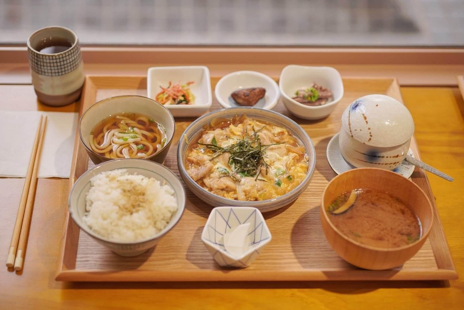 日本家庭常食嘅親子雞!半生熟蛋,加嫩口雞肉,非常好味!