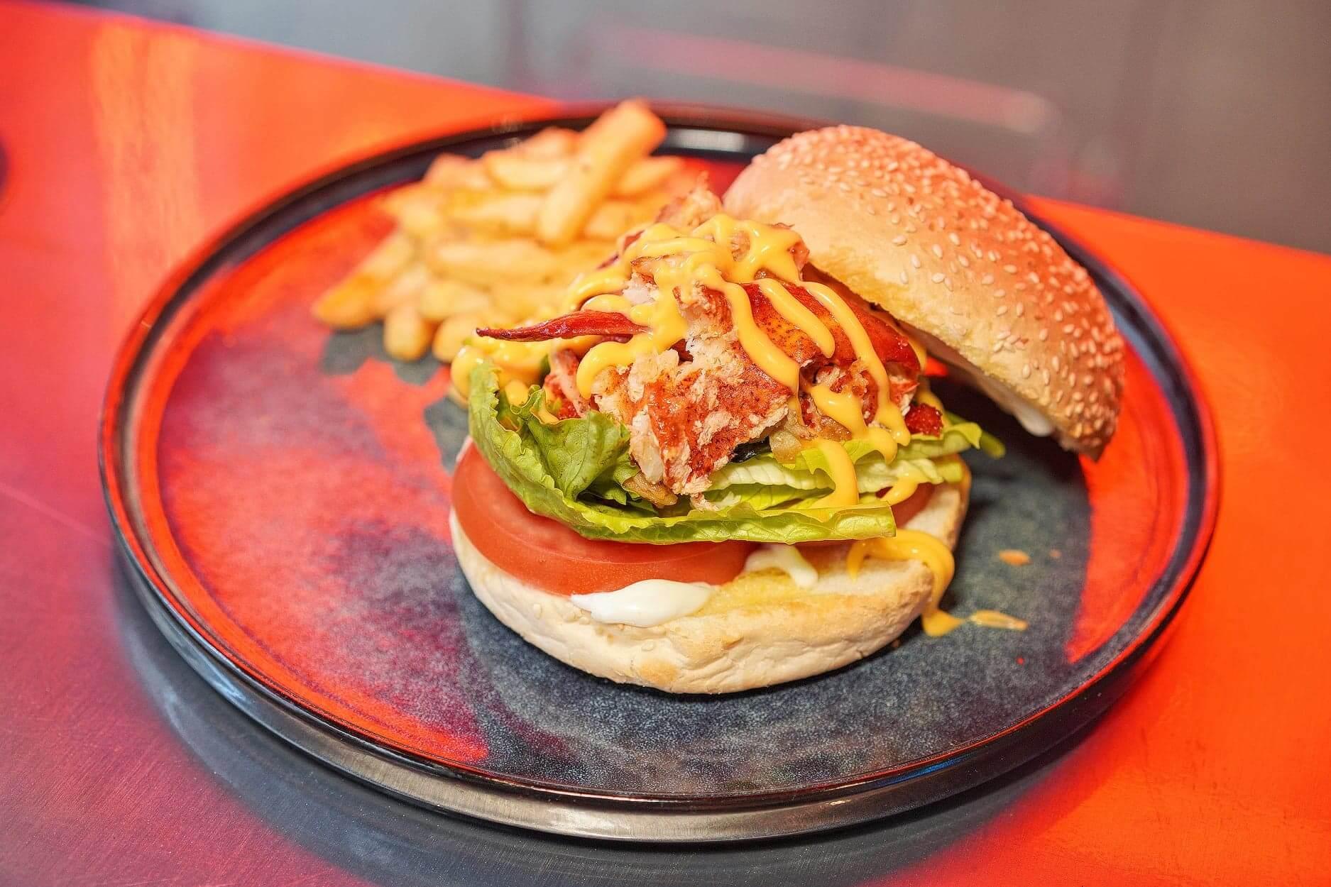 烤龍蝦肉漢堡,龍蝦肉有啲over cook,無咩龍蝦味。