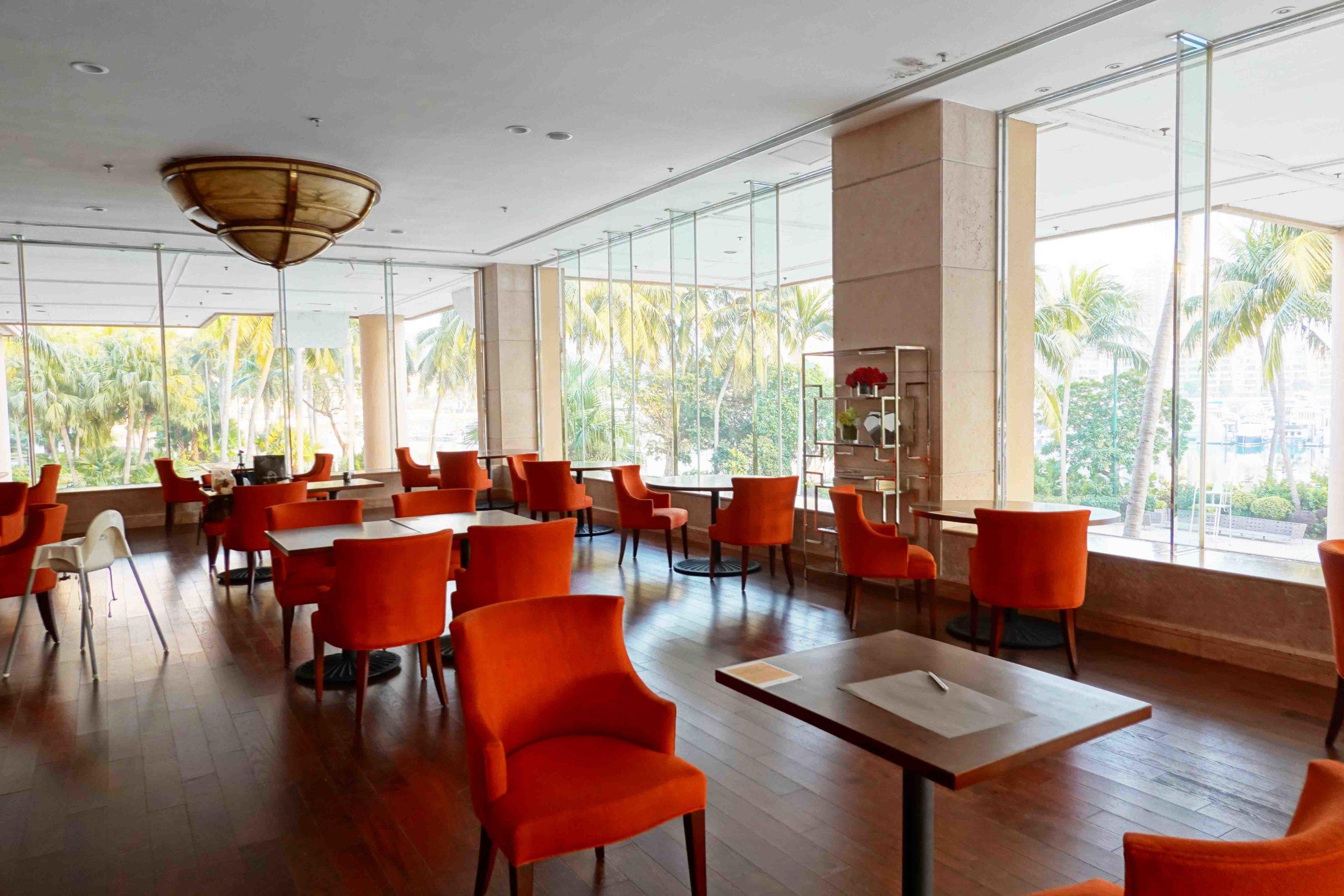 Lobby Lounge主調以紅黑為主,高貴大方。