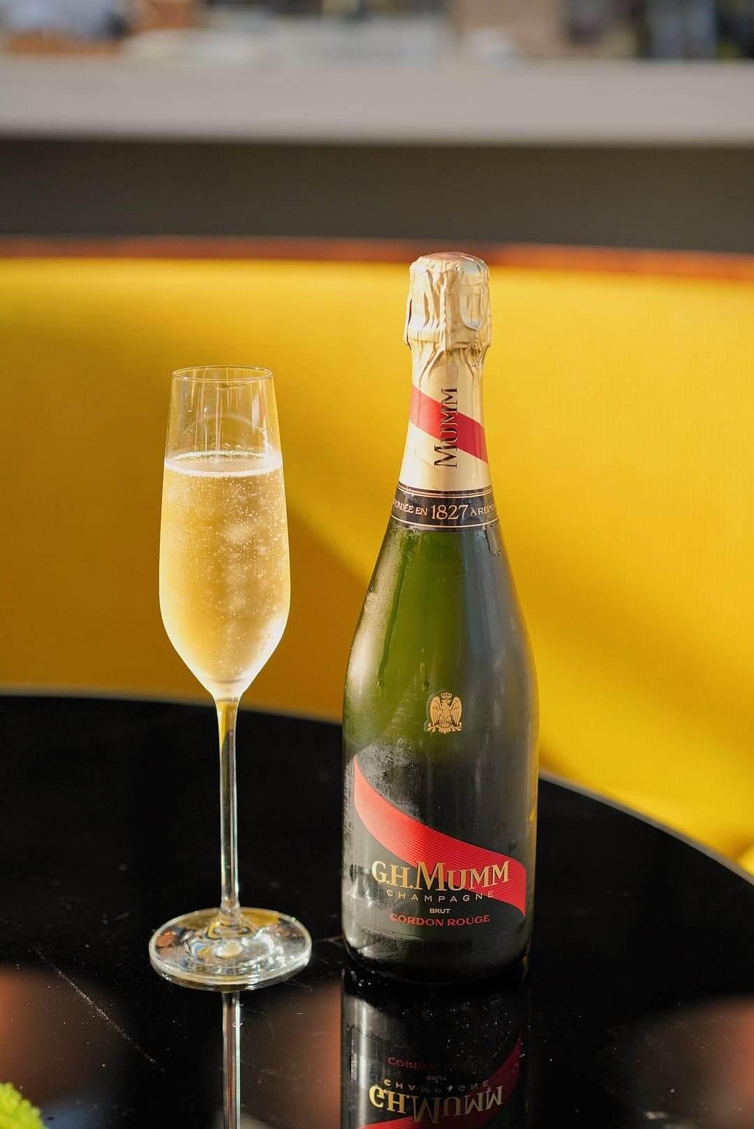瑪姆紅帶香檳