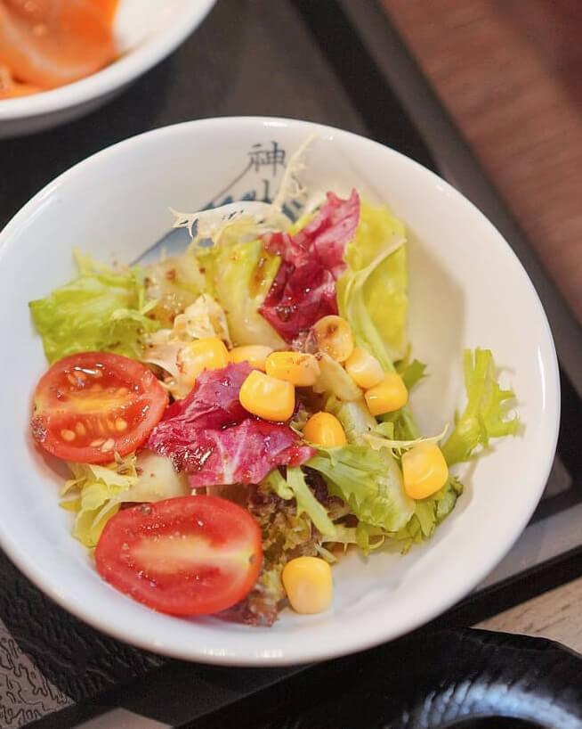 蔬菜沙律。