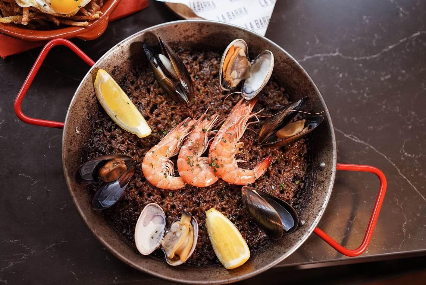 煙韌米粒,充分吸收海鮮湯精華!