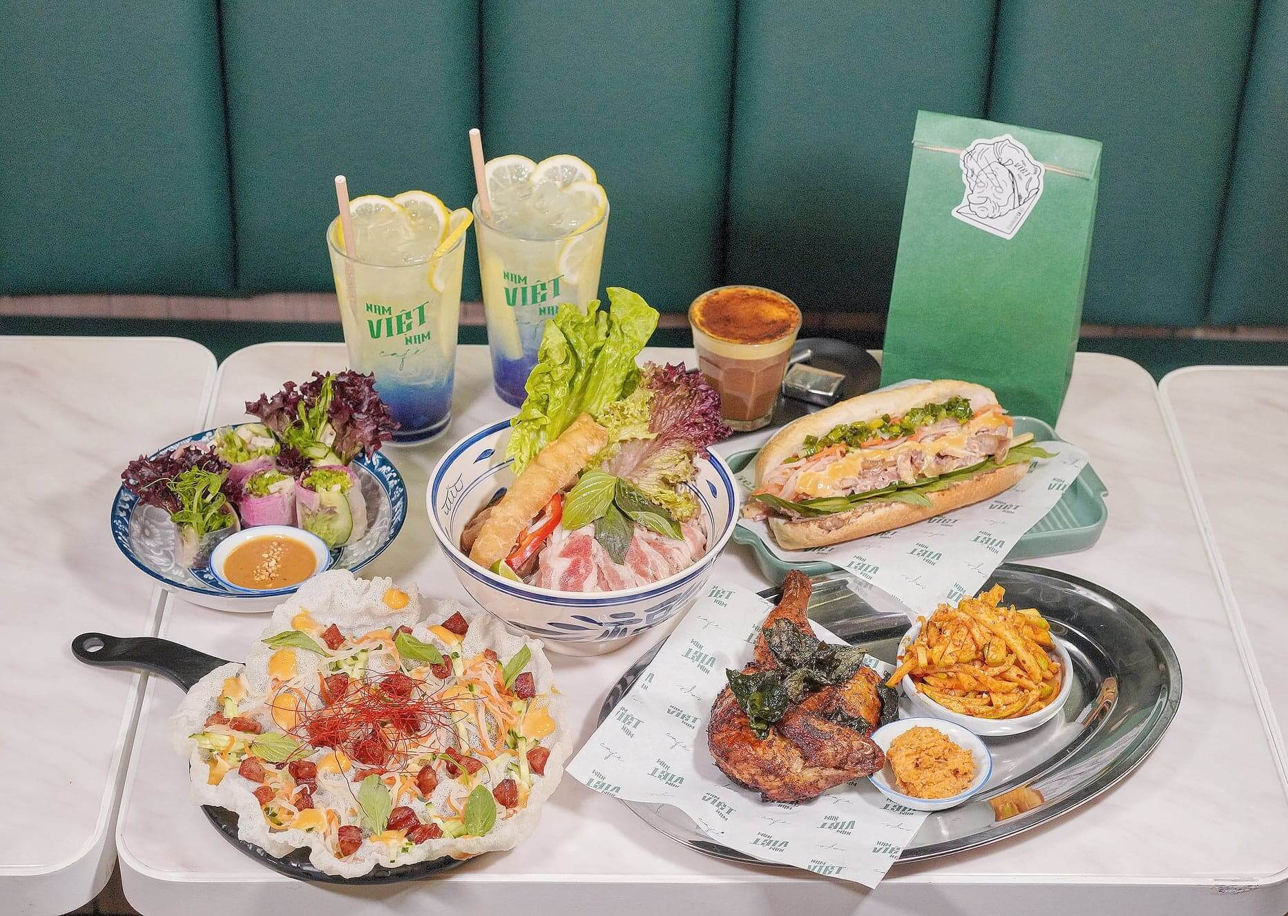 由「越南粉教父」Chef Justin主理嘅Nam Viet Nam Cafe,主打一系列新派南越菜!