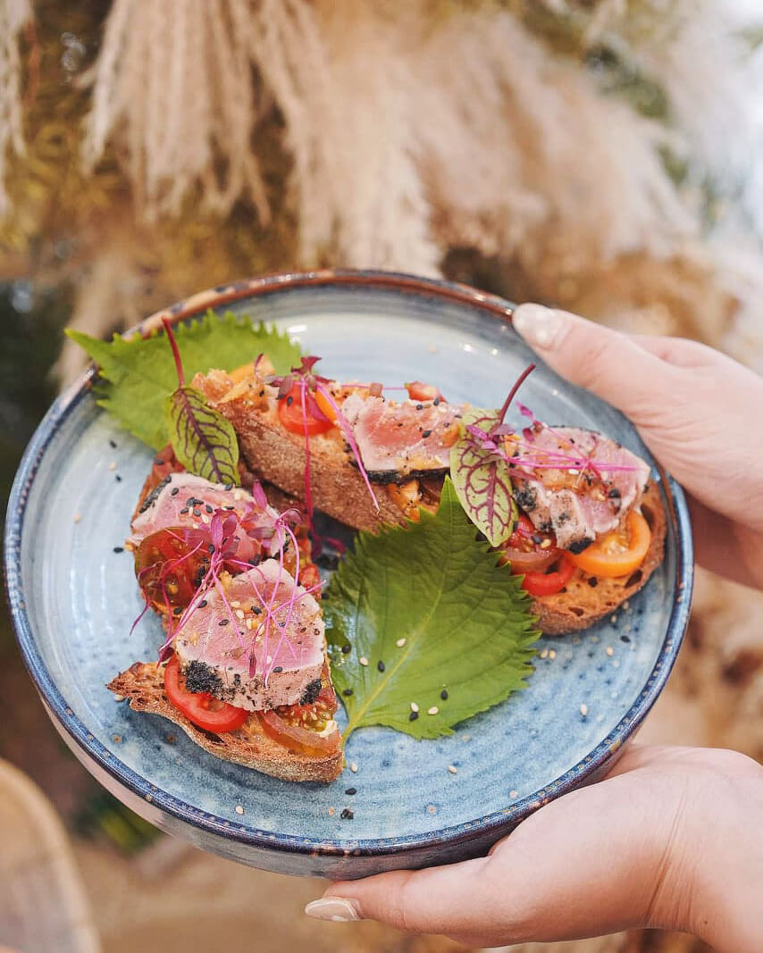 炙燒黃鰭吞拿魚酸種麵包 HK$128