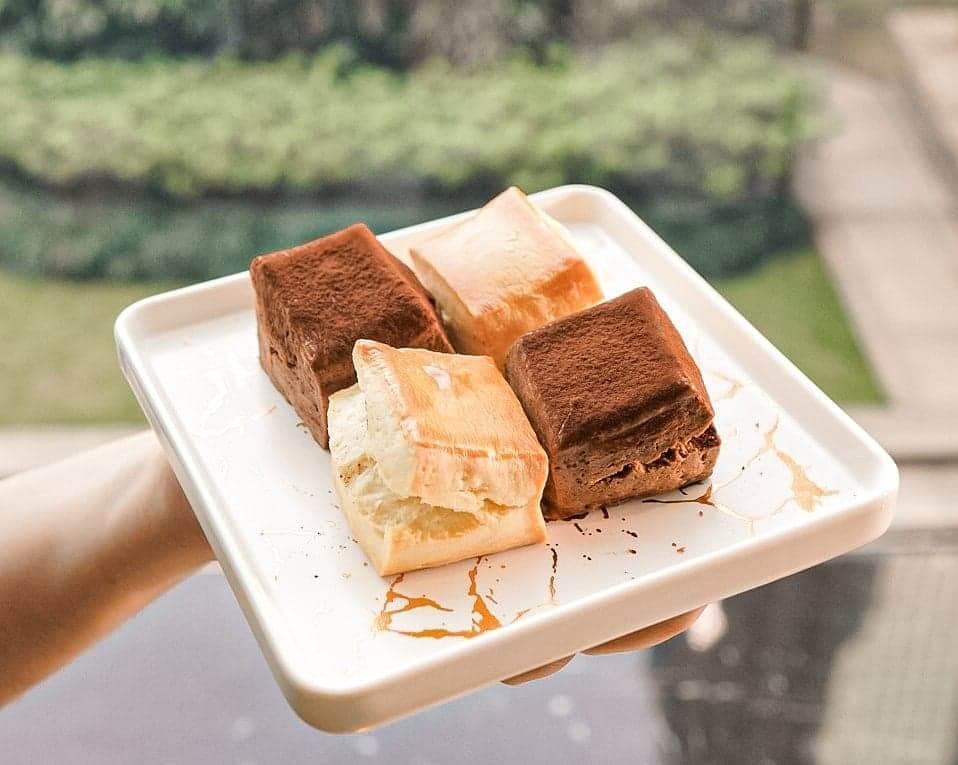 傳統英式鬆餅、朱古力英式鬆餅