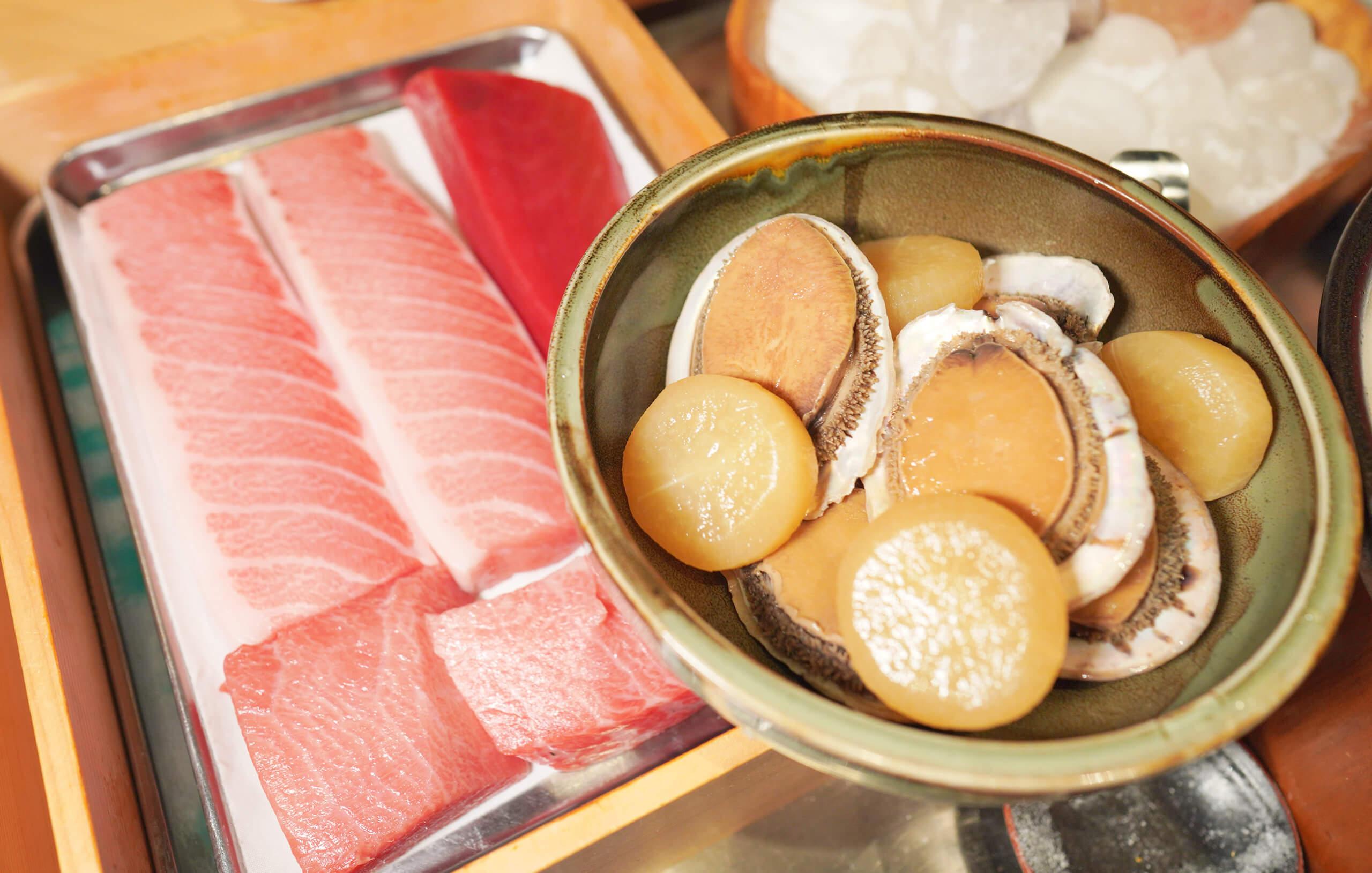 於日本豐洲魚市場入貨,當季時令新鮮空運食材。